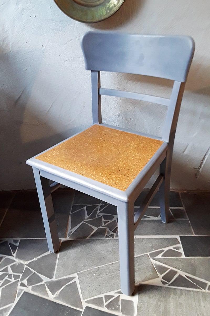 Verwandlerei Fürth - Nachher Stuhl blau